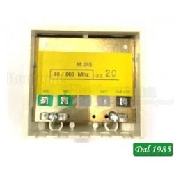 AMPLIFICATORE 40/860Mhz 20dB 2 INGRESSI LOG